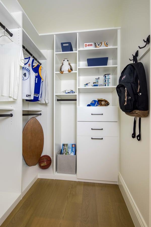 Valet Custom Cabinets & Closets - White TFL - Flat Fronts