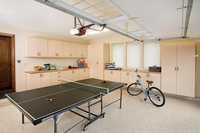 1_Garage_with_Ping_Pong_Table.jpg