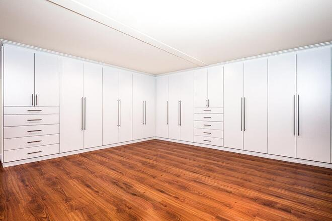 Freestanding_Closet_Cabinetry.jpg