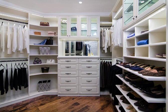 Valet_walk-in_closet2.jpg