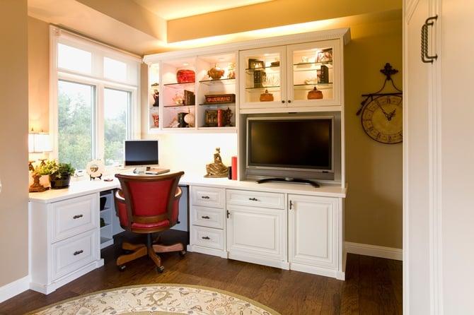1_Desk_View.jpg