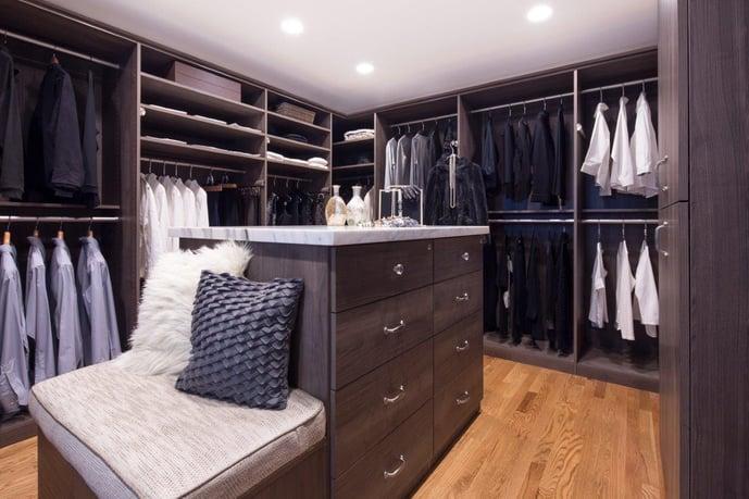 Hudson_Textured_Melamine_Valet_Custom_Cabinets_Closets
